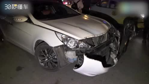 千万劳斯莱斯被撞损失过百万 现代车主当场懵了