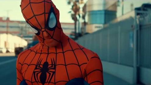 蜘蛛从臀部吐丝,如果蜘蛛侠也符合这个结构,于是就爆笑了