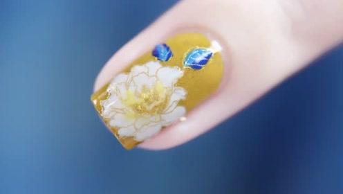 明黄绸绣牡丹美甲(自调透黄)