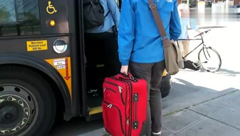 这是西雅图公交车的残疾人服务系统!工作人员最后的工作暖心!