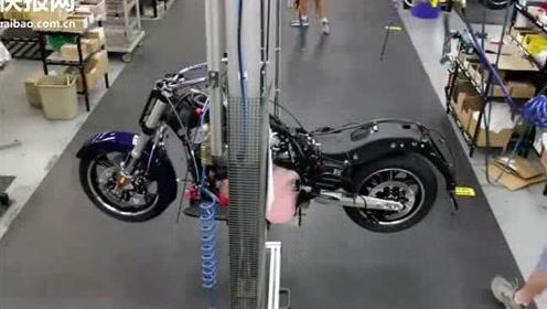 一辆胜利摩托车式怎么诞生的