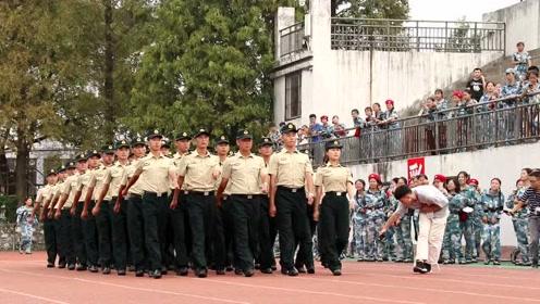 宜春职院2018级新生军训会操暨开学典礼