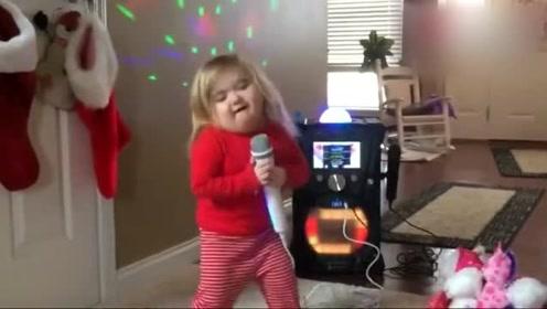 舞台范十足的小女孩,能歌善舞,动作设计才是亮点