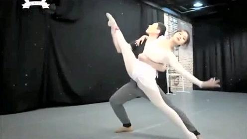 看程潇小姐姐的优雅芭蕾舞,嫉妒男舞者!