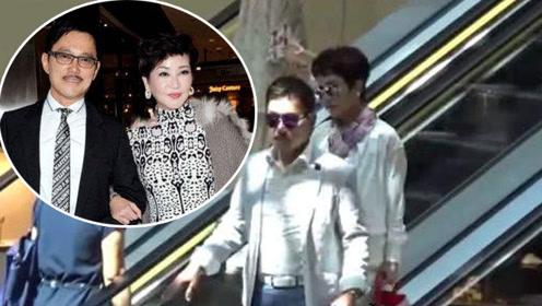 谢霆锋67岁妈妈依然美丽动人 携现任老公恩爱逛商场