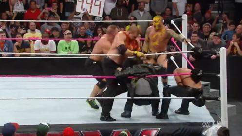 WWE只要罗林斯出现,他必然会出现复仇,但这次阵容有点强大!