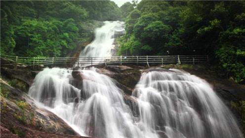福建武平暗藏一条山谷奇观,一口气可以看到30多条瀑布,国内罕见
