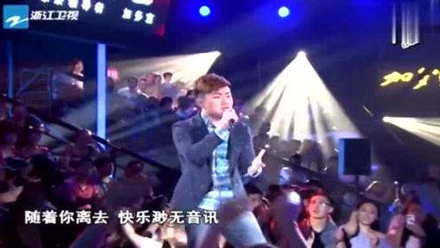 中国好声音:徐剑秋翻唱《我好想你》,台下的学员沸腾,太嗨了!