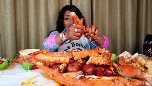 吃蟹阿姨这次吃播的帝王蟹蟹腿也太多肉了吧?