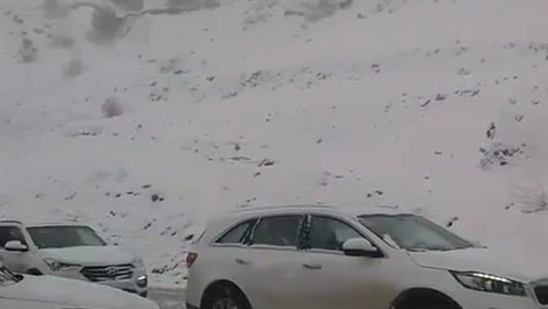 暂停这段路程,静静感受雪山的美丽