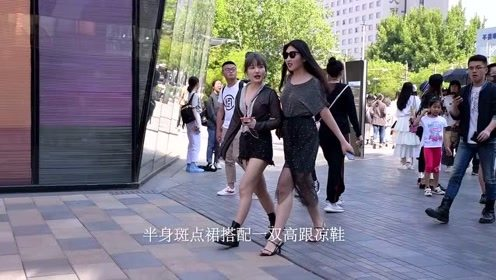 春末夏初的姑娘,出来逛街要穿着高跟鞋,每一双都搭配的那么美