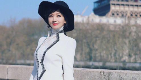 她曾是美女空姐,选秀港姐做演员,如今64岁成不老女神