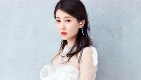 一度被爆和杨洋恋情 奢侈品牌搭配满身到底谁是隐藏最深的白富美