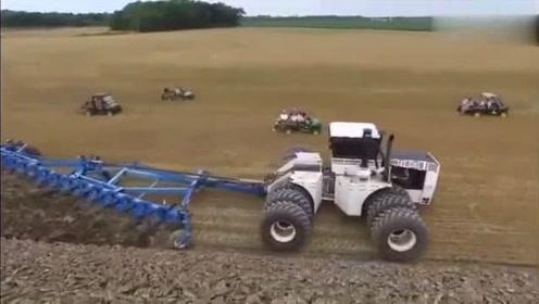 世界最大马力拖拉机作业,这技术可以啊