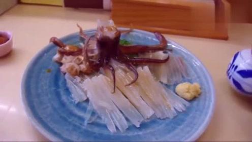 这是什么情况,吃着吃着,我的章鱼都差点跑了