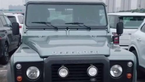 全新路虎卫士,路虎纯粹的一款越野车型,经典中的经典