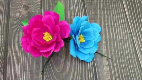 用皱纹纸手工制作一束装饰花,用来装饰礼品盒美美的