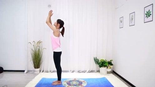 瑜伽进阶动作:每天早晨空腹做,坚持3组,拉伸腿部瘦肚子