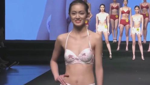 大学生模特大赛泳装秀,别看人家很青涩,但身材姣好迷人