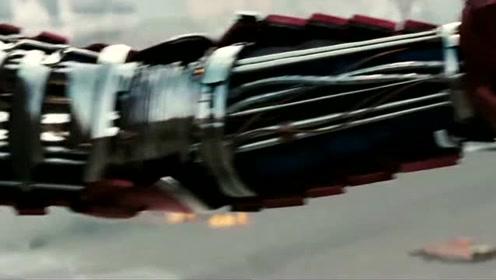 钢铁侠:斯塔克这换装的速度有点快啊,而且姿势也帅