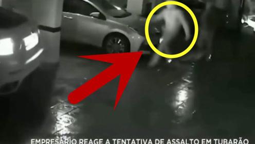 两劫匪在地下室埋伏准备抢劫,结果这一滑,下场真是太惨