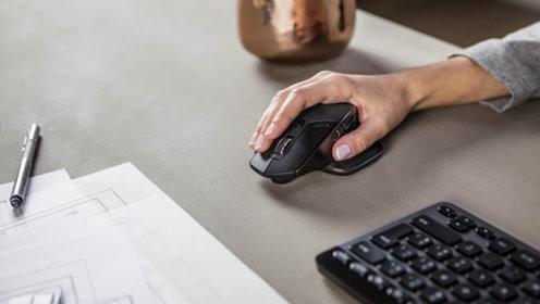 上班族长期用电脑,当心患上鼠标手!