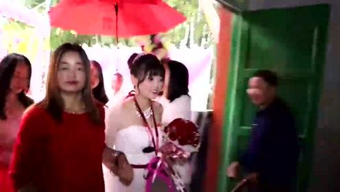 农村小伙结婚,新娘身材又好,又会打扮,真漂亮