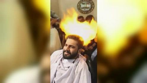 这才是真正的烫发!印度理发师用火烫发型