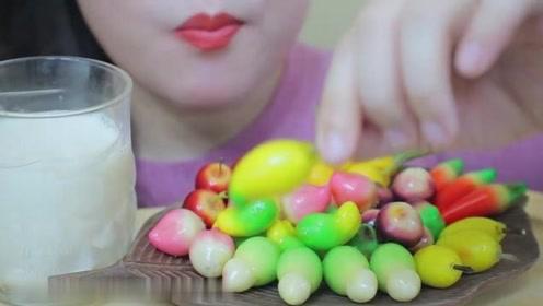 迷你果型绿豆甜点的吃播:泰国露楚的吃播,颜值挺高的糕点