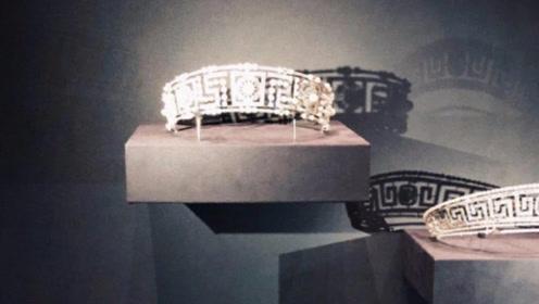 刘嘉玲个人收藏名贵皇冠被故宫借去展出 价格高到不敢告诉梁朝伟