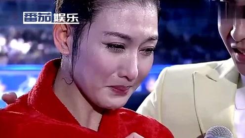 """35岁李彩桦近照曝光,脸部水肿僵硬吓坏网友:""""艾莉""""大变脸"""