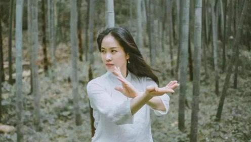 现实中的侠女,她自小习武,用南拳在赛场上收获无数奖牌