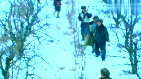 矿主失踪不见了,这可急坏了矿工们,不幸的是日本人还来了