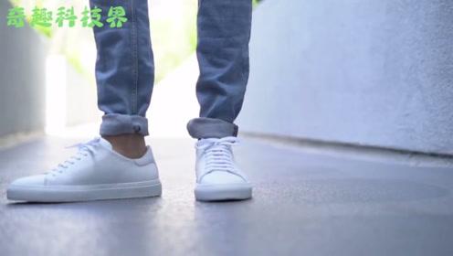 """美国发明""""发电鞋垫"""",走路就能给手机充电,减肥节能两不误!"""