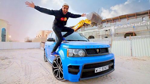 迪拜土豪花费50万改装路虎,开上路后才知道有多霸气!