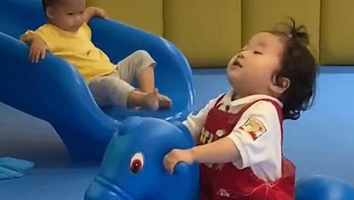 超可爱超好笑的宝宝视频,绝对治愈,看完你会开心不已的!