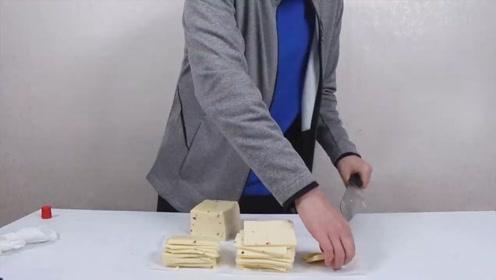 100张的奶酪片,混着1米长的法棍一起吃,都给我看饿了