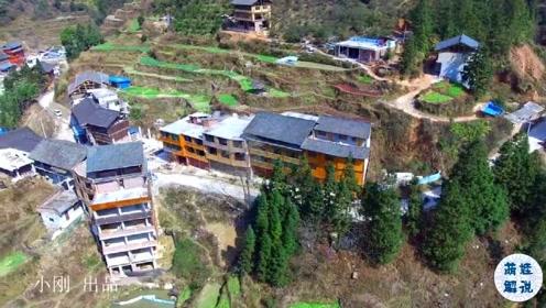 贵州侗族村庄,村民都喜欢把房子建在麦田上,这是风俗习惯吗?
