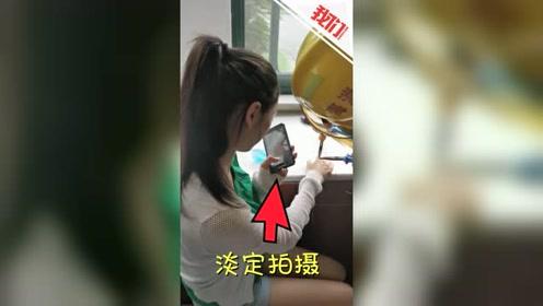 女孩戒指卡手求助消防 淡定拍救援视频发朋友圈