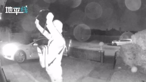 英国黑客盗贼仅用30秒偷走9万英镑特斯拉 监控拍下全过程!