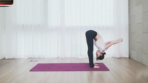 日本美女健身,这腿能玩一年了,下一秒我脸红了