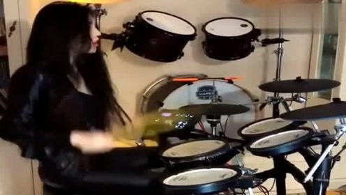 小姐姐架子鼓演奏《上海滩》,难道是上海滩大哥的女人?太霸气!