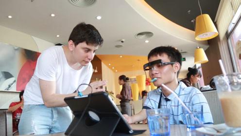 老外发明头戴式鼠标,残障人士戴上后也能正常使用手机和电脑