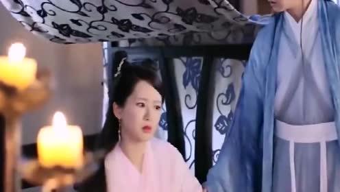 紫萱耐心教她用筷子,没想到转头白夭夭睡着,殊不知男女授受不亲