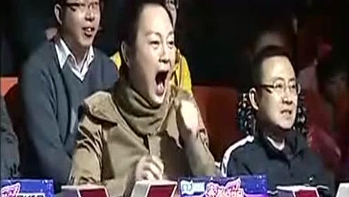 萌娃张俊豪听到淘汰音乐响起,他的反应吓坏了评委,脾气还挺大!
