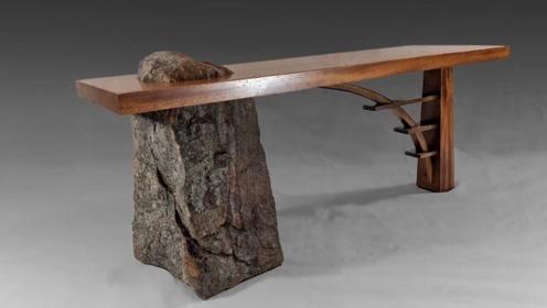 使用石头和木头都能雕刻出艺术品?小哥还真是厉害呀