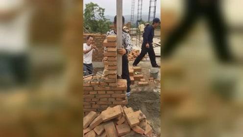 一天三千砖的师傅,砌角就是不一样!