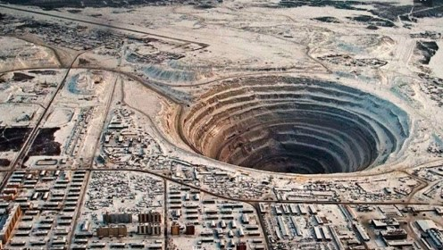 苏联挖到地球12262米,周边全是钻石黄金,最后为什么放弃了
