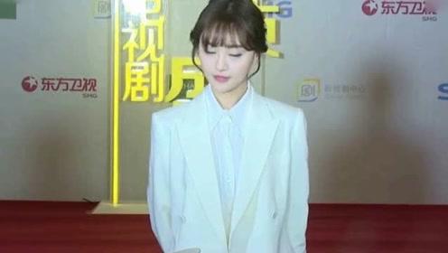 郑爽被问男朋友张恒让她心动的一个瞬间她的回答招黑了