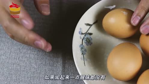 市场流入假鸡蛋,养鸡场老板教你5个方法,分辨真假鸡蛋不怕上当